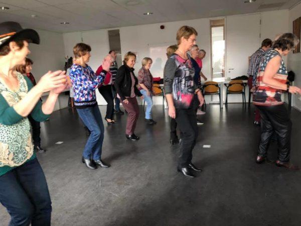 Nelson Mandela Centrum voor programma 750 countryline dance