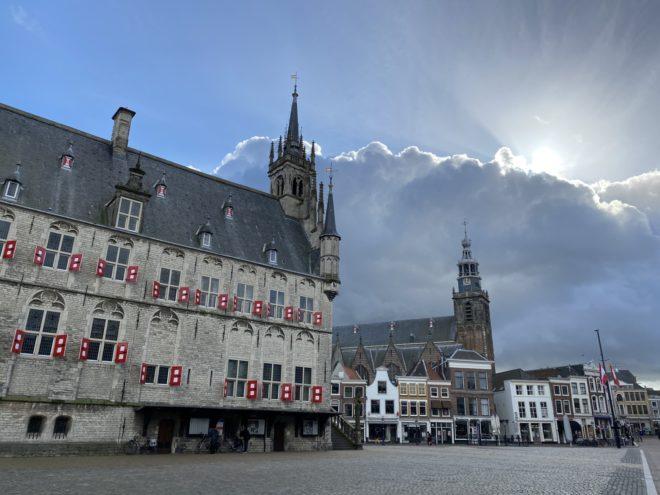 Het stadhuis van Gouda, op de Markt